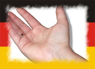 Nehmende Hand Deutschlandflagge - some rights: Pixelio