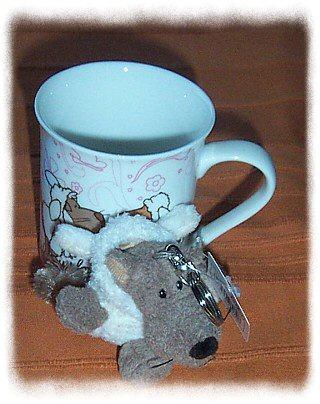 Wolf im Schafspelz und Tasse